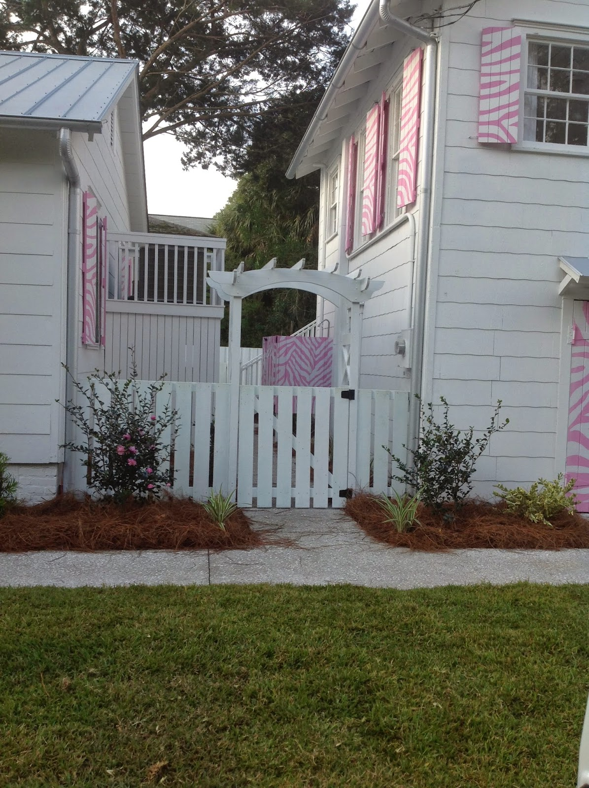 Jane Coslick Cottages My Favorite Bedroom And More: Jane Coslick Cottages : The Pink Zebra Cottage
