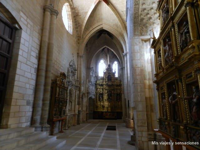 Interior de la iglesia de San Esteban, Burgos