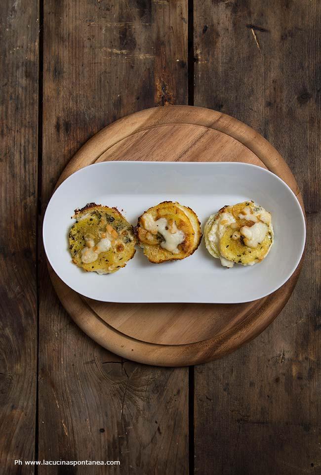 millefoglie di patate, gratinate al forno con scamorza