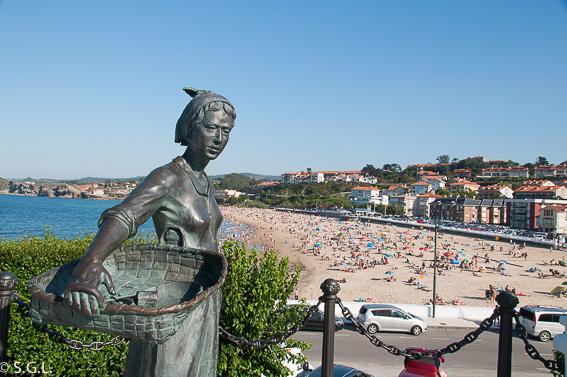 Un dia en Comillas, joya de Cantabria. Playa de Comillas