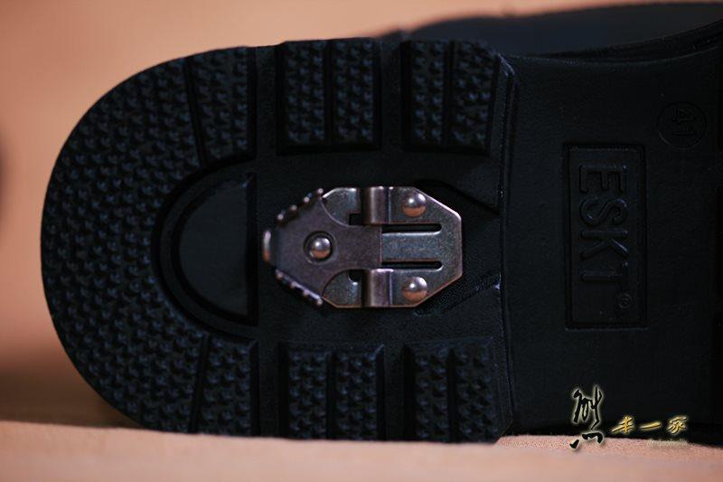 ESKT中高統專業雪鞋雪靴