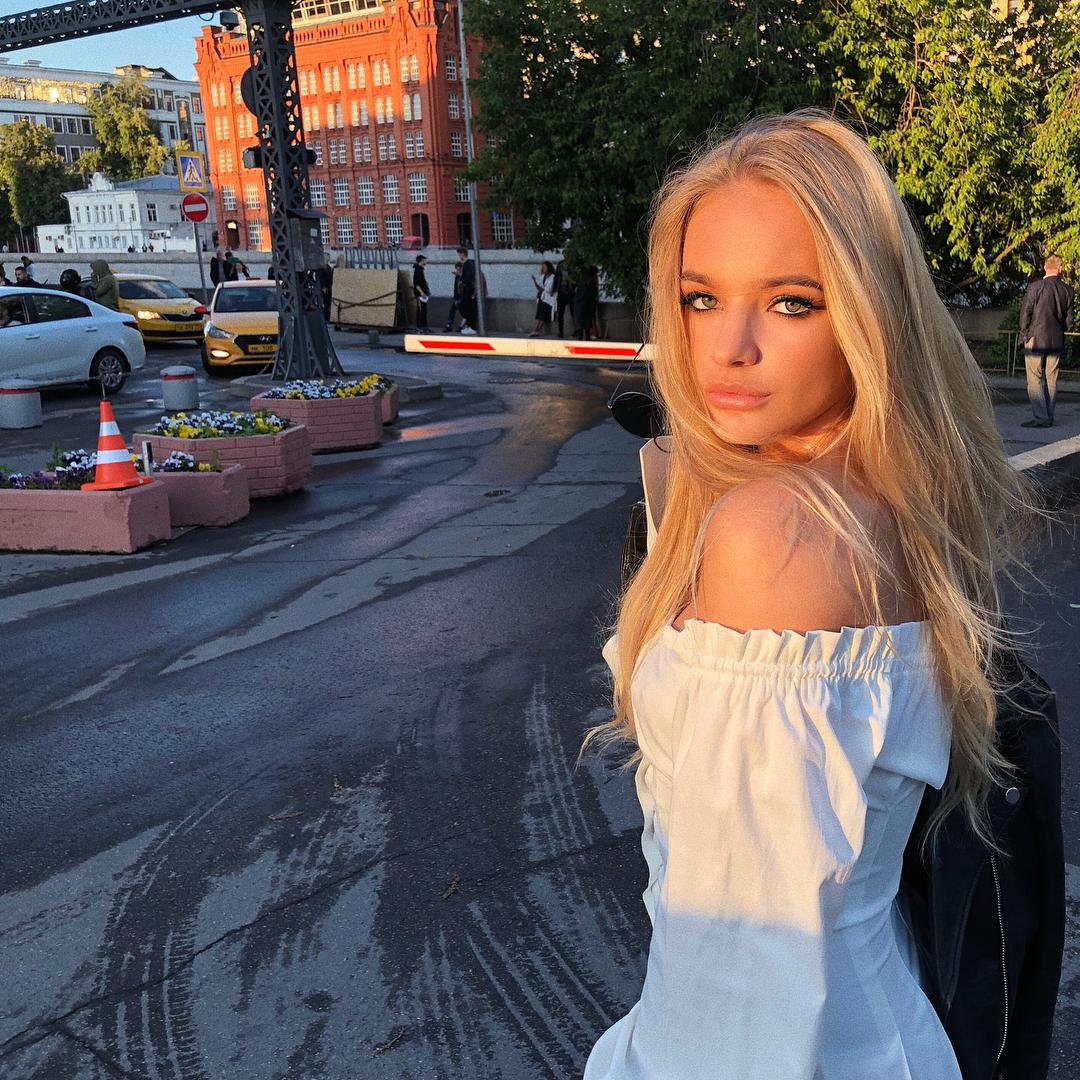Дочь Пескова. Лиза Пескова - Биография, Фото, Личная Жизнь