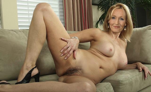 Rowling Nude 112