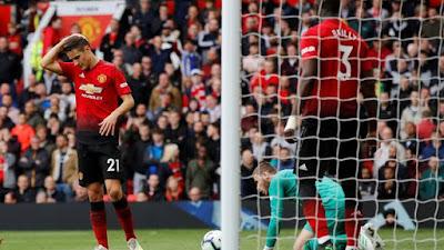 Manchester United fica no empate com o Chelsea (Foto: Reuters)