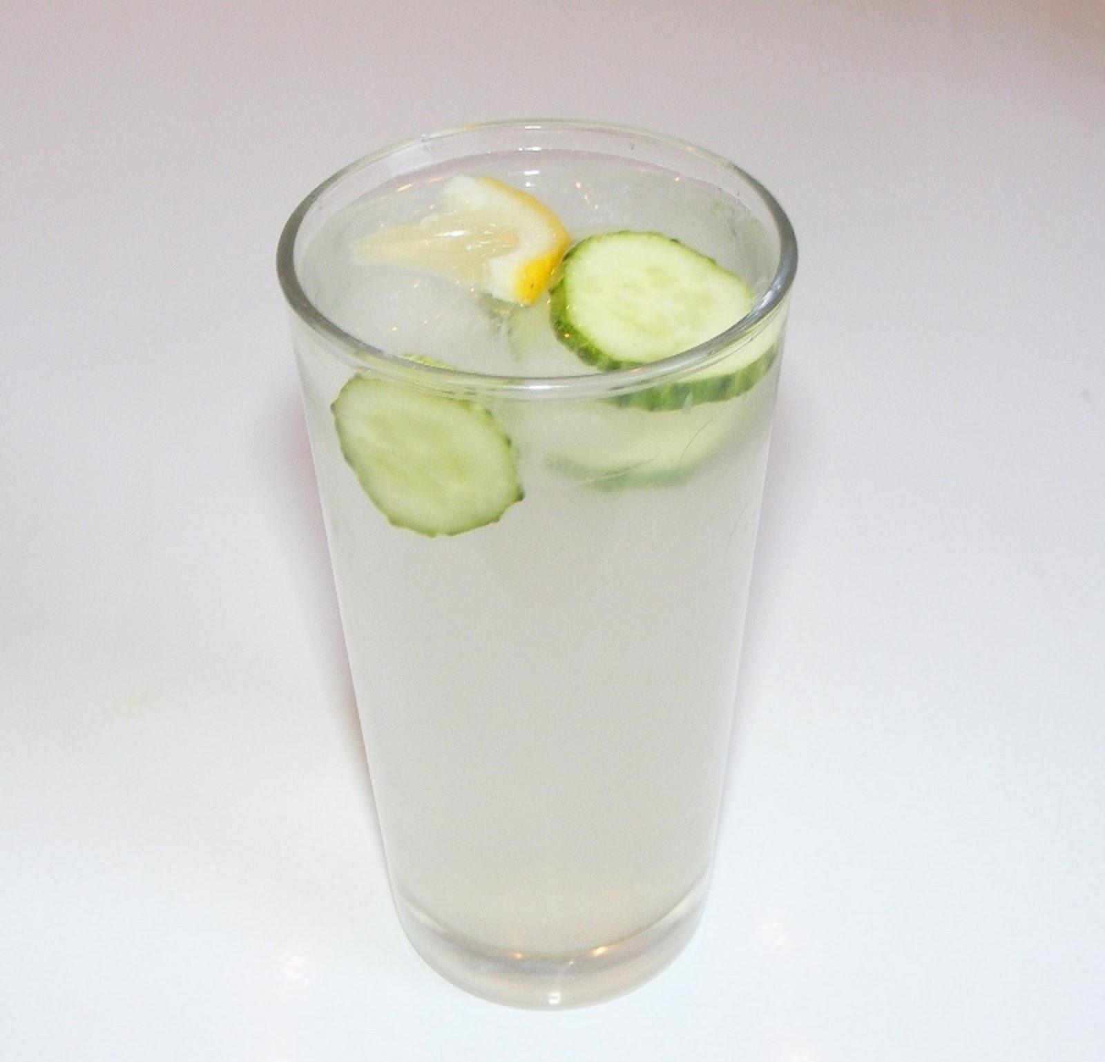 Limonada cu castravete, ghimbir și mentă - Doza de Sănătate