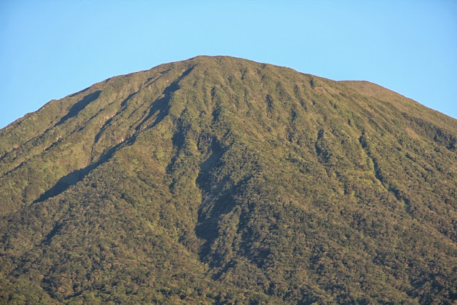 See the Beauty of Dempo Fascinating Mountain Feet