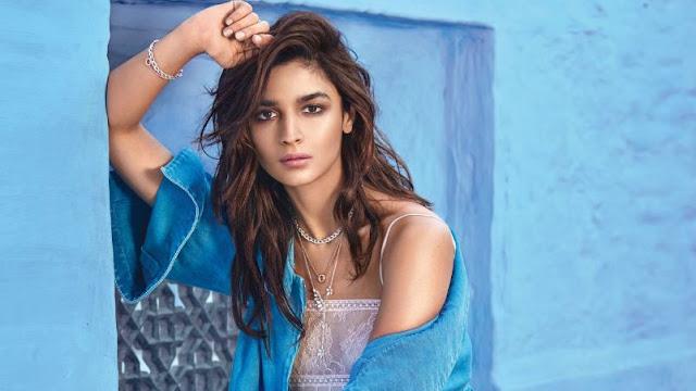 Aktris Bollywood Paling Cantik Indah di 2018