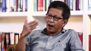 Aktivis KAMI Diborgol, Rocky Gerung Bela Polisi dan Ungkap Sosok Ini yang Salah