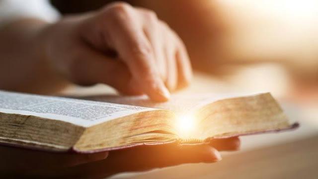 Một giải thích khoa học cho các phép chữa lành kỳ diệu và sức mạnh của lời cầu nguyện