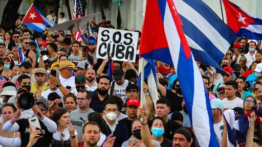 """CHEGADA DA """"VARIANTE DELTA"""" E PROTESTOS APOIADOS PELA CASA BRANCA: NÃO SÃO UMA MERA COINCIDÊNCIA!"""