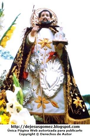 Foto de Santo Domingo de Guzmán con capa tomada por Jesus Gómez