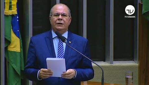 Hildo Rocha faz discurso duro contra Flávio Dino na tribuna da Câmara Federal e lamenta situação econômica do estado e fechamento de hospitais