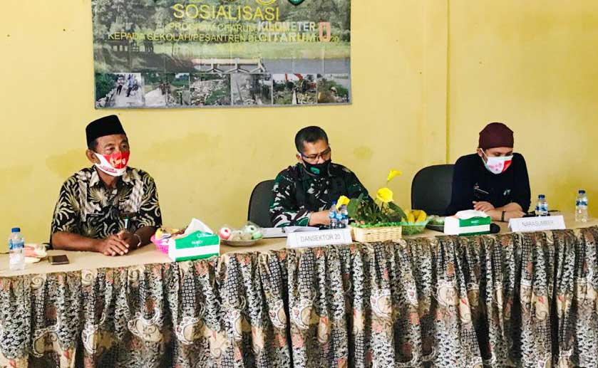 Sosialisasi Program Citarum Harum di Desa Jaya Sakti Muara Gembong.
