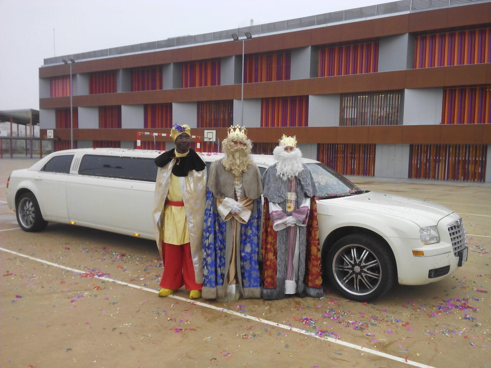 Rosalinos La Visita De Los Reyes Magos Nosotros los guapos reyes magos. rosalinos blogger