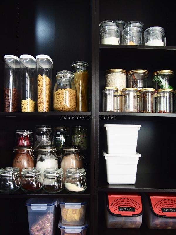 Aku Bukan Bidadari Projek Pantry Part 2 Bekas Storage Dan Label