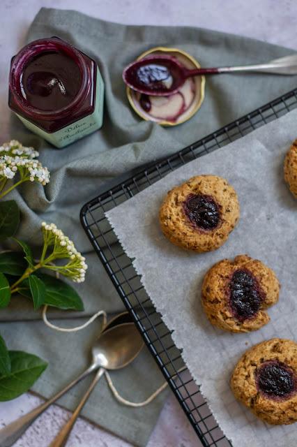 https://www.rosenoisettes.com/2020/04/vilda-bar-grottor-biscuits-suedois-la.html