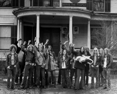 Fotografía de miembros de los Panteras Blancas en Ann Arbor