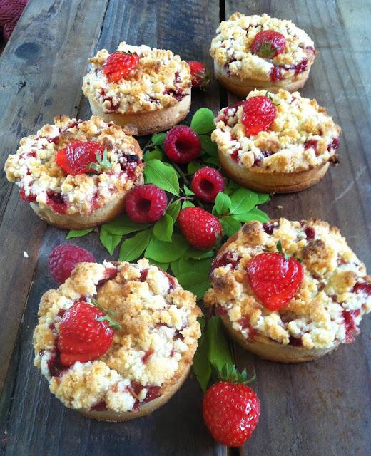 "alt=""crumble fraises framboises"""