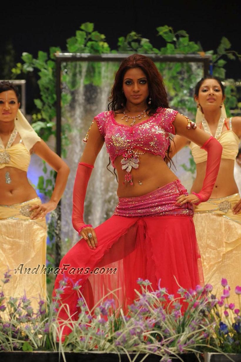 Cudurbudur Hot Sexy Indian Boob Actress Udaya Bhanu Hq Images-1991