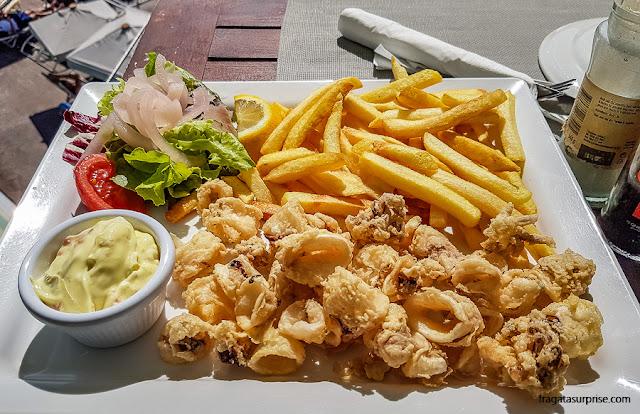Calamares fritos em The Terrace, Malta