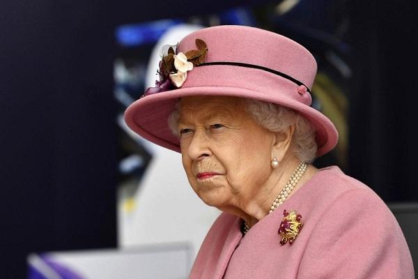 Nữ hoàng Anh gửi lời chúc mừng quốc khánh cho Kim Jong Un