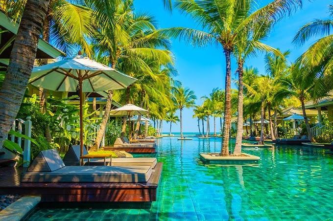 Hynopedia helps female travelers find health care in Maldivs