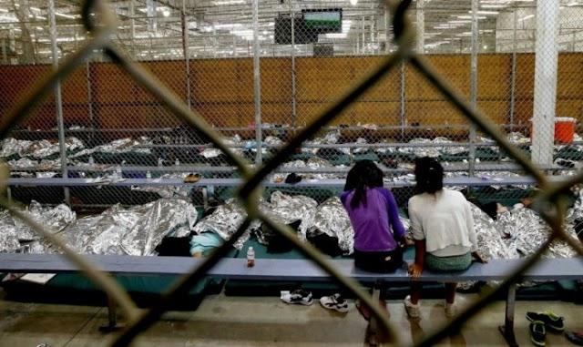 Caridade cristã fornece lares adotivos para centenas de crianças imigrantes em meio à crise na fronteira
