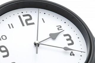 時間は未来⇒現在⇒過去と流れている