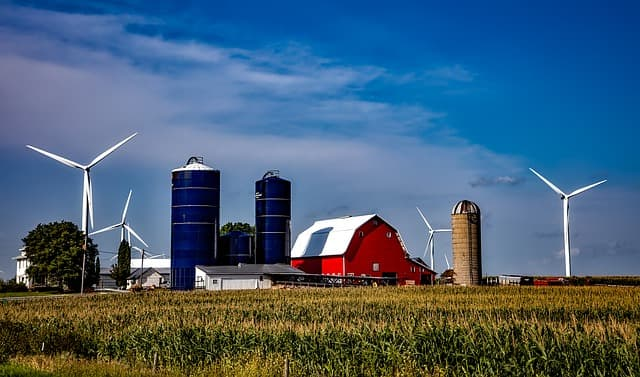 Iowa farm silos