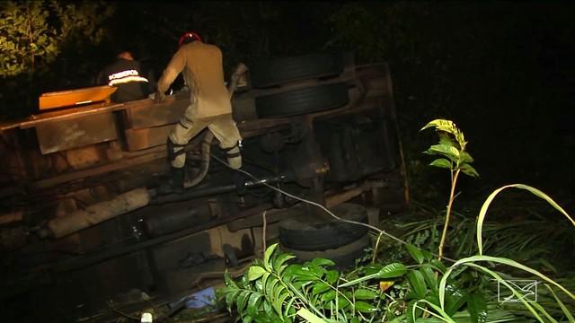 Assaltantes abrem fogo contra carro-forte na BR-316 no Maranhão
