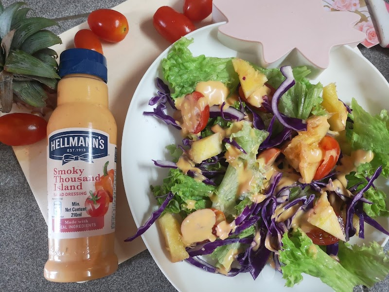 Hellmann's Smoky Thousand Island Salad Dressing
