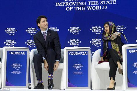 تعرف على سر ارتداء رئيس الوزراء الكندي جوارب ذات ألوان غريبة.؟