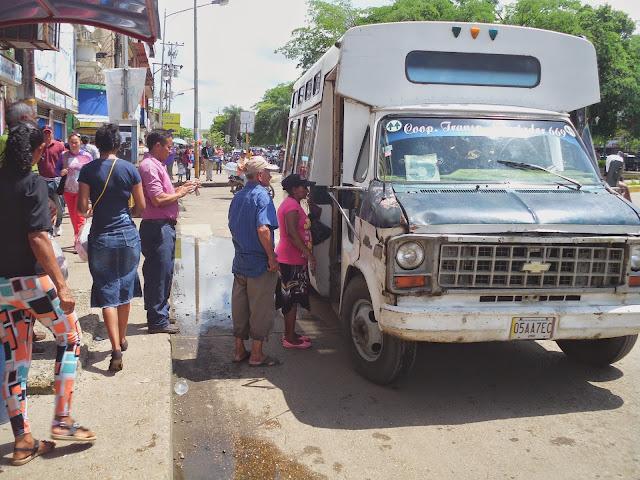 REPORTAJE: Transporte entre San Fernando y Biruaca cada vez más difícil trasladarse en Apure.