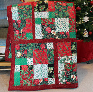 Holly-Jolly-Christmas-Quilt