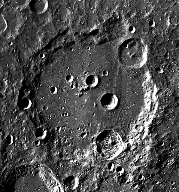 cratera Clavius