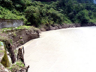 Three killed as car falls into Teesta Dam at Dikchu