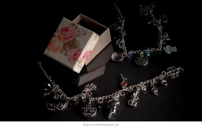 Biżuteria dla fanów musicali – pomysły na prezenty dla mamy, żony, córki, siostry i dziewczyny