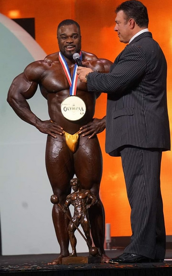 ...and NEW Mr. Olympia, Brandon Curry!