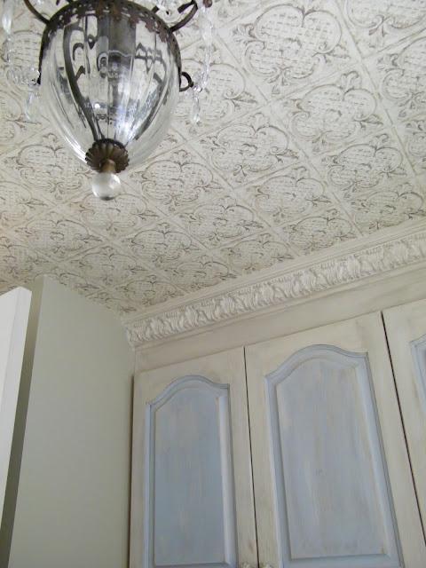 Maison Decor Tin Ceilings: Maison Decor: Wallpaper Giveaway