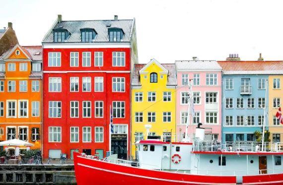 تأشيرات وتصاريح العمل في الدنمارك