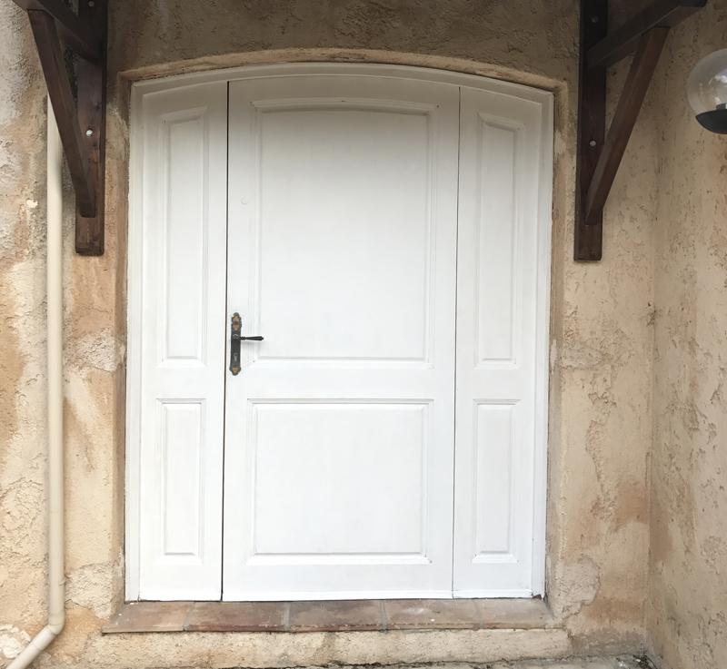Como pintar una puerta de color mi puerta rosa y post for Como pintar una puerta