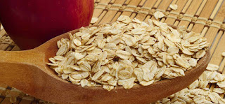 13 Best Benefits Of Oats For Skin, Hair And Health