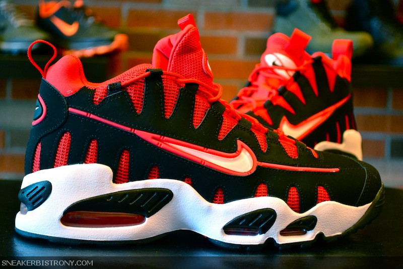 best service 9bed8 7373e SNEAKER BISTRO - Streetwear Served w  Class  KICKS   Nike Air Max Nomo -  Black University Red