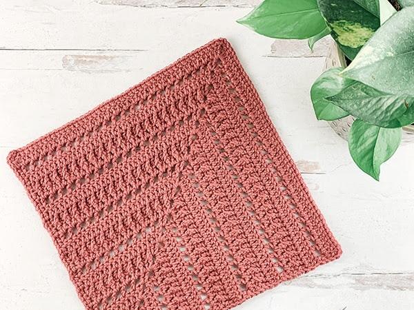 Free Crochet Mitered Square Pattern