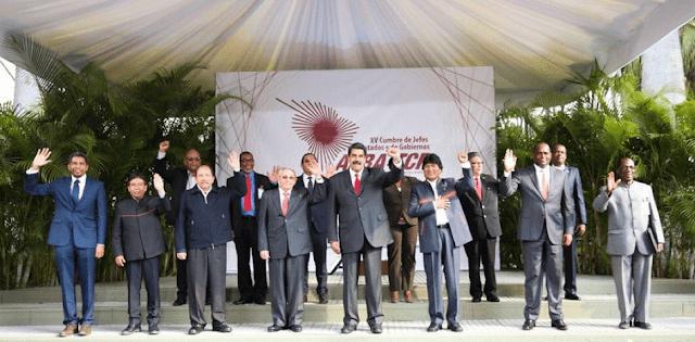 """""""Reyes desnudos"""": cumbre del ALBA evidenció la soledad de Nicolás Maduro"""