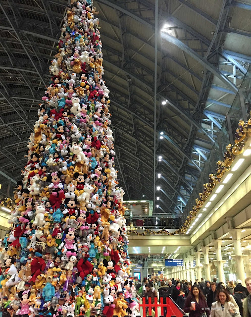 st pancras christmas tree london great  britain