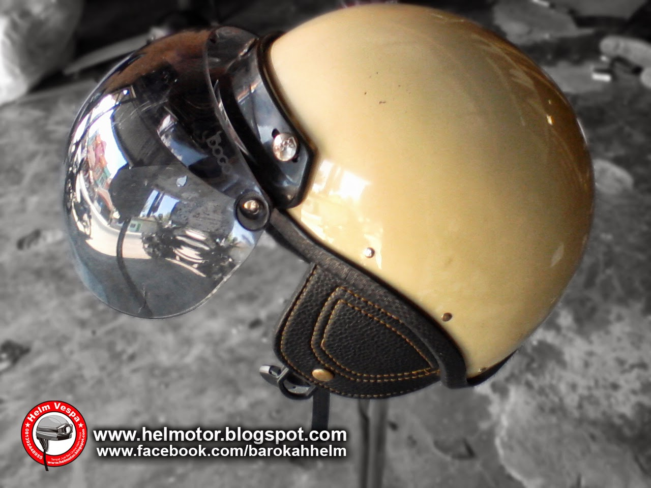 helm Vespa Bogo Half Cream  Helm Vespa