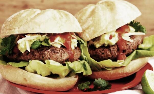 hamburguesa-mexicanas-con-guacamole