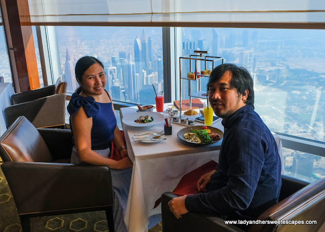 breakfast date in Atmosphere Burj Khalifa