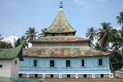 Masjid Godang Nagari Koto Nan Ompek